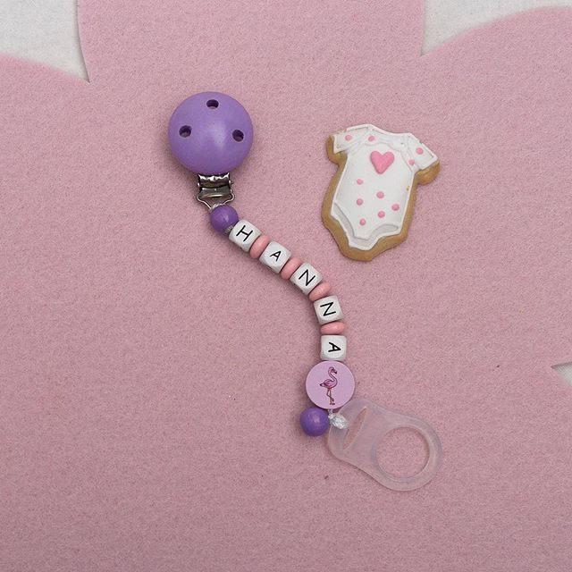 Annas Schnullerketten mit Namen und Foto-Upload - Annas Schnullerketten.de bietet Schnullerketten mit Namen und Schnullerketten mit Foto 014